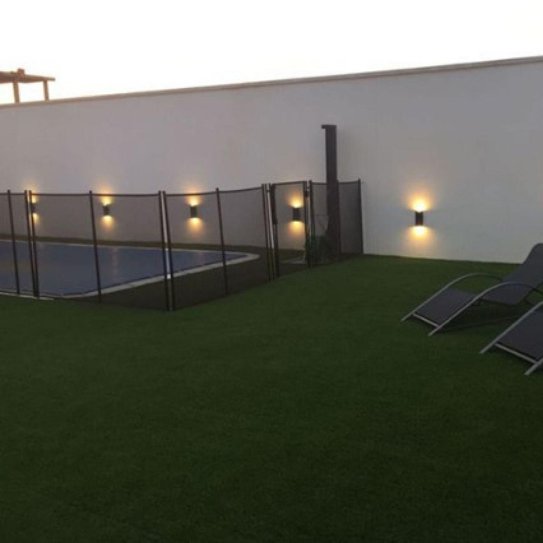 iluminación jardín piscina led solar