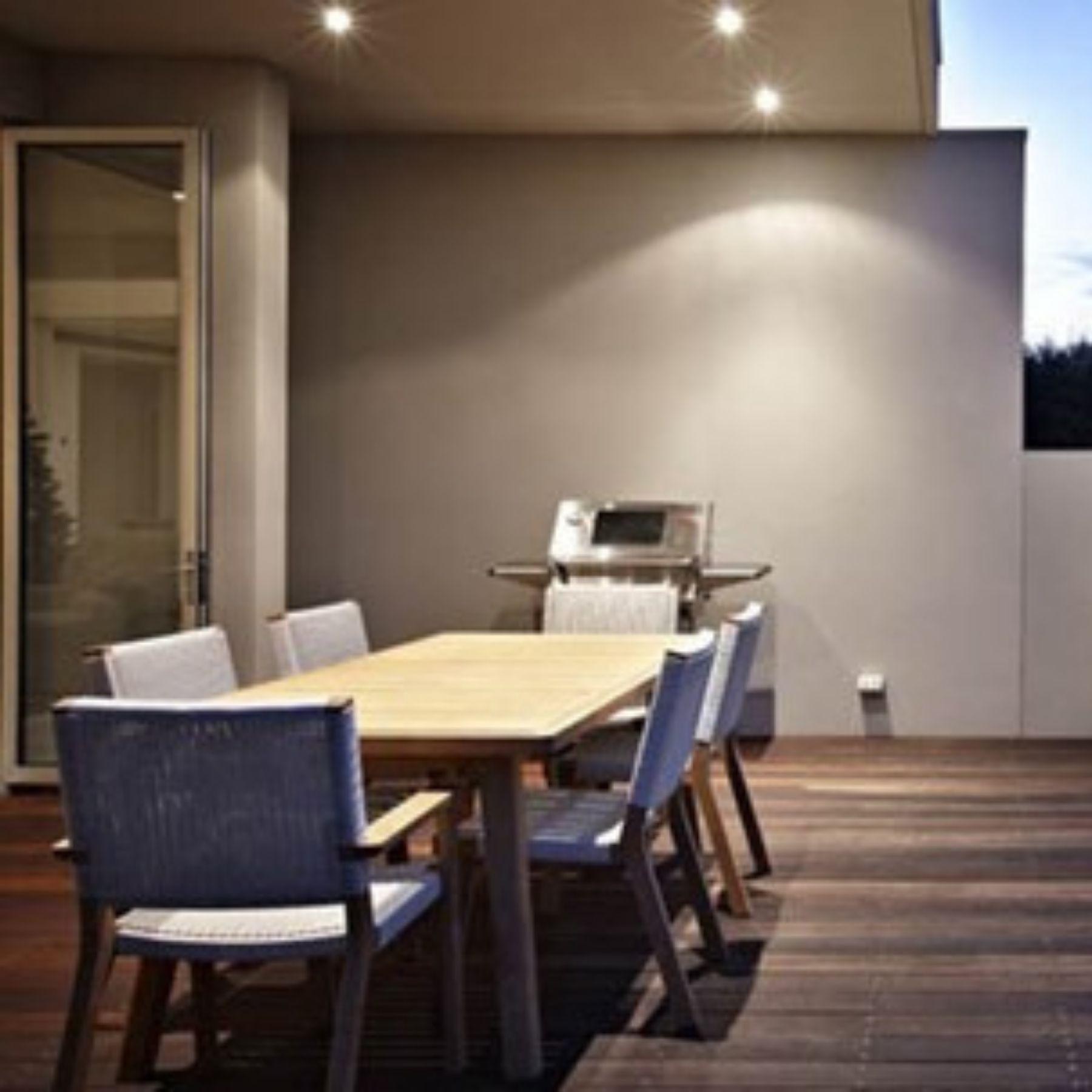 iluminación porche comedor vivienda unifamiliar